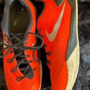 Men's Nike HyperChase Basketball Shoe